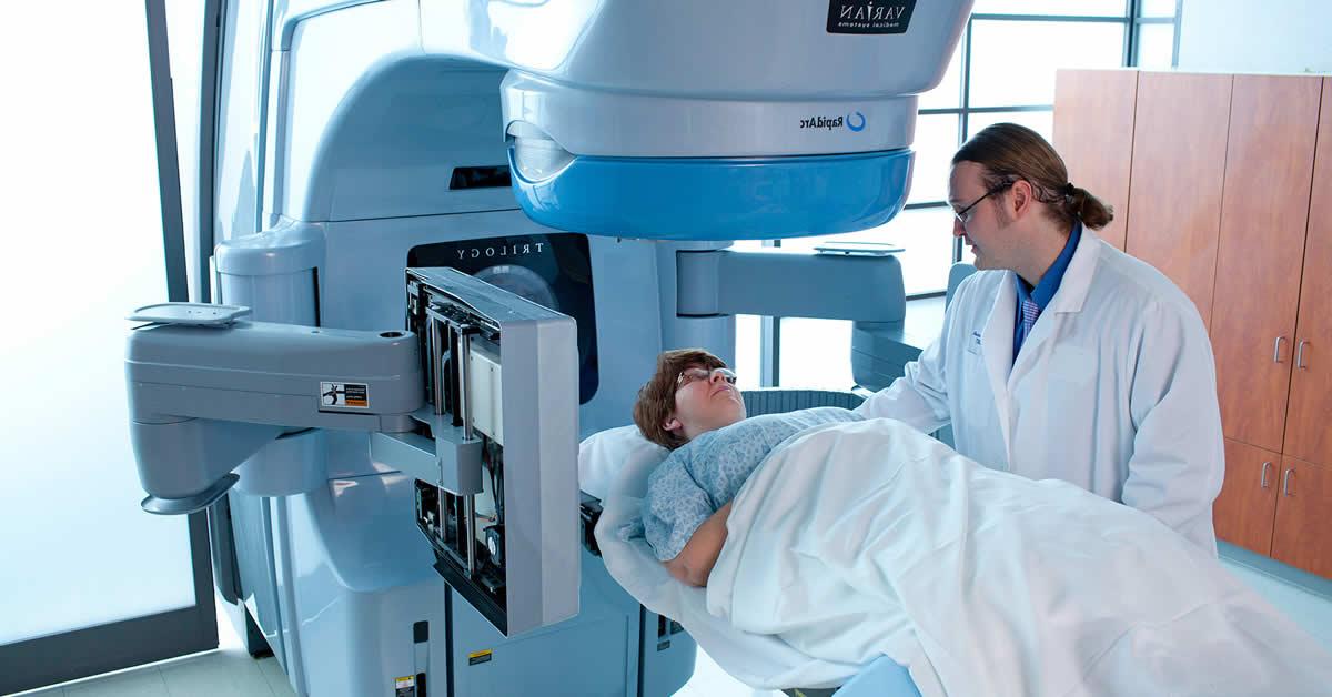 profissional da radiologia na radioterapia